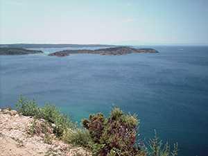 Navigare in Croazia: Supetarska draga - L'isolotto Maman © P.L. Paolini